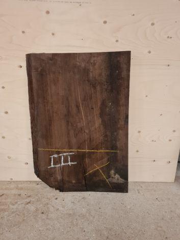 Afskær i amerikansk valnød 50 * 50 *4,8 cm