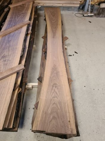 Amerikansk Valnød Planke 305 * 43/30/43 * 5 cm