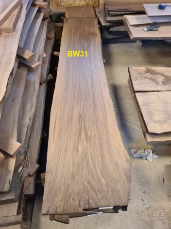 Amerikansk Valnød Planke 252 x 57/50/50 x 4.8 cm