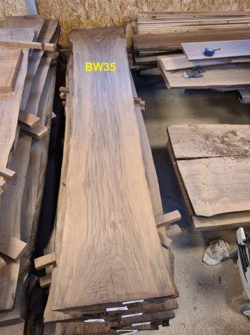 Amerikansk Valnød Planke 252 x 44/40/52 x 4.8 cm