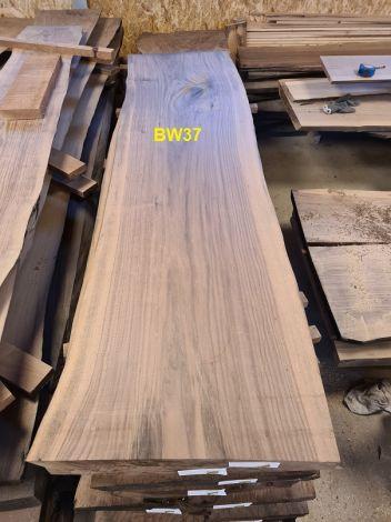 Amerikansk Valnød Planke 190 x 55/50/50 x 4.8 cm