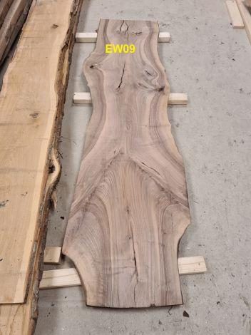 Europæisk Valnød Planke 214 * 51/58/53 * 3.6 cm